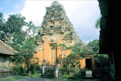 king palace ubud bali indonesia