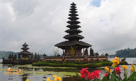 ulun danu temple bedugul bali